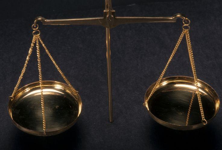 Imposta di registro: agli avvisi di liquidazione per gli atti giudiziari è obbligatorio allegare gli atti?