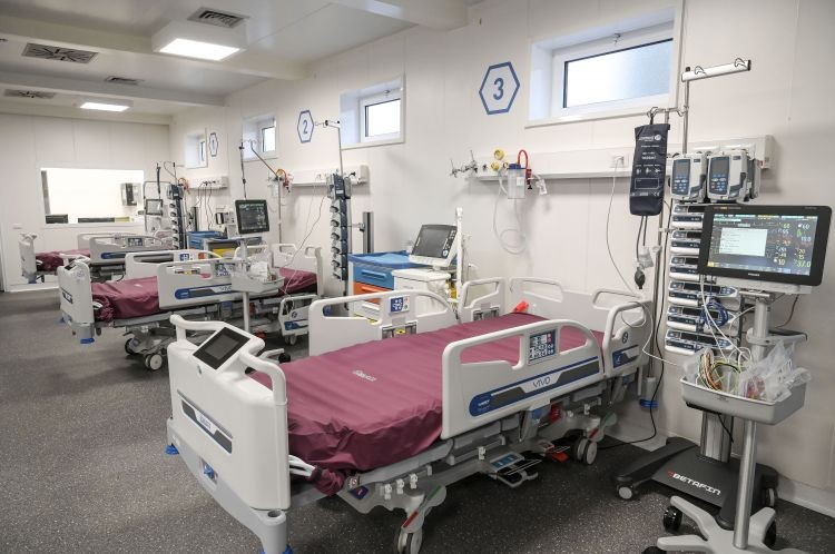 Anziana muore di stenti in una RSA: condanna per l'infermiera, irrilevante l'inefficiente organizzazione della struttura